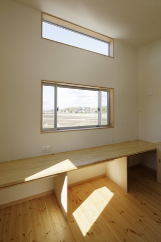 2つ屋根の家の部屋 作業室2