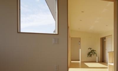 2つ屋根の家 (寝室)