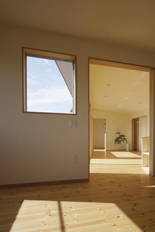 2つ屋根の家の部屋 寝室