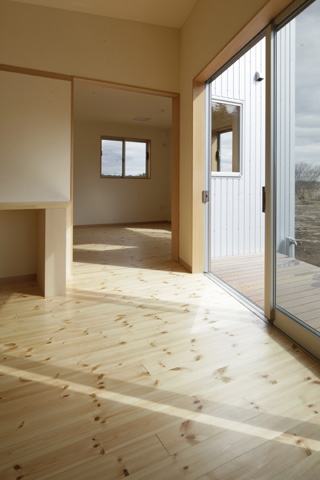 2つ屋根の家の部屋 LDK6