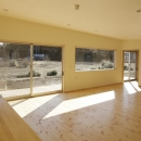 2つ屋根の家の写真 LDK1