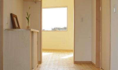 2つ屋根の家 (玄関)