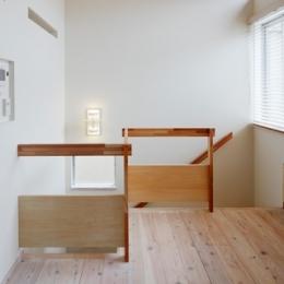 2人と2匹の家 (階段手摺2)