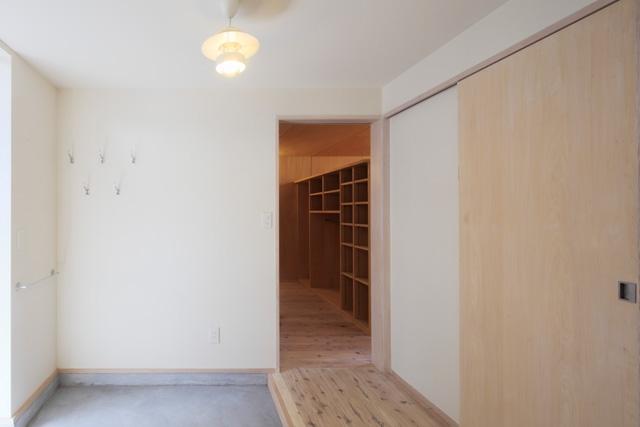2人と2匹の家の部屋 土間玄関5