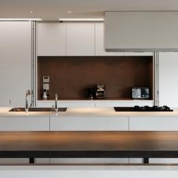 キッチン-壁面収納を開ける