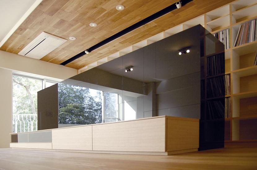 内部に情熱を注いだ空間(リノベーション)の部屋 DJブース1