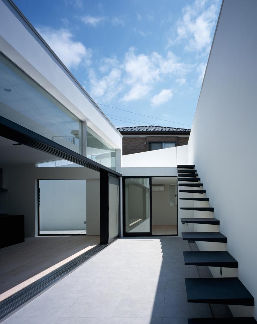 建築家:黒崎敏「MUR」