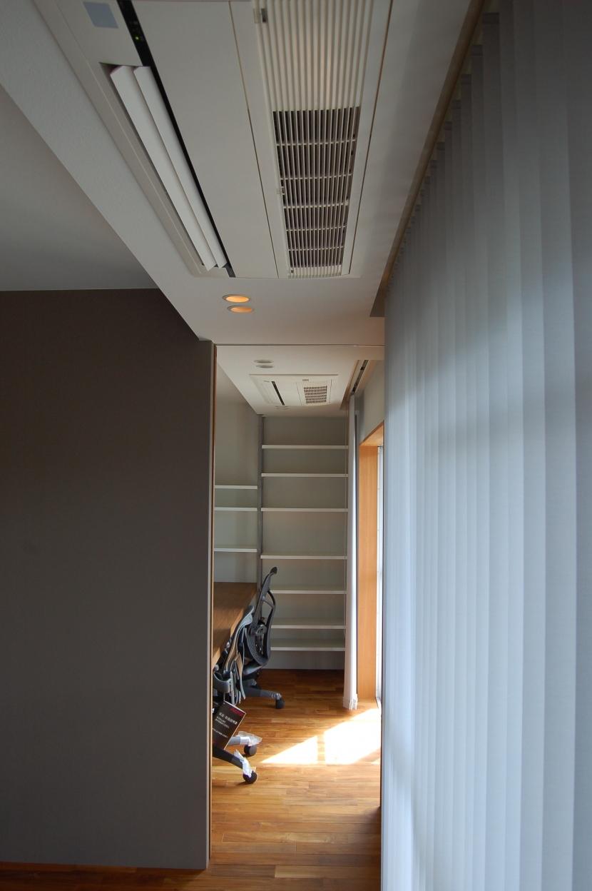 集まる家(リノベーション)の部屋 書斎2