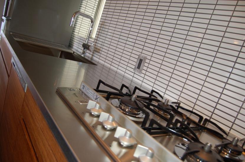 集まる家(リノベーション)の部屋 キッチン3