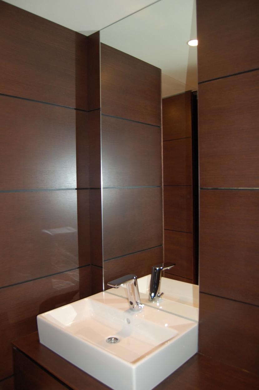 リゾート気分で過ごせる空間(リノベーション)の部屋 洗面室