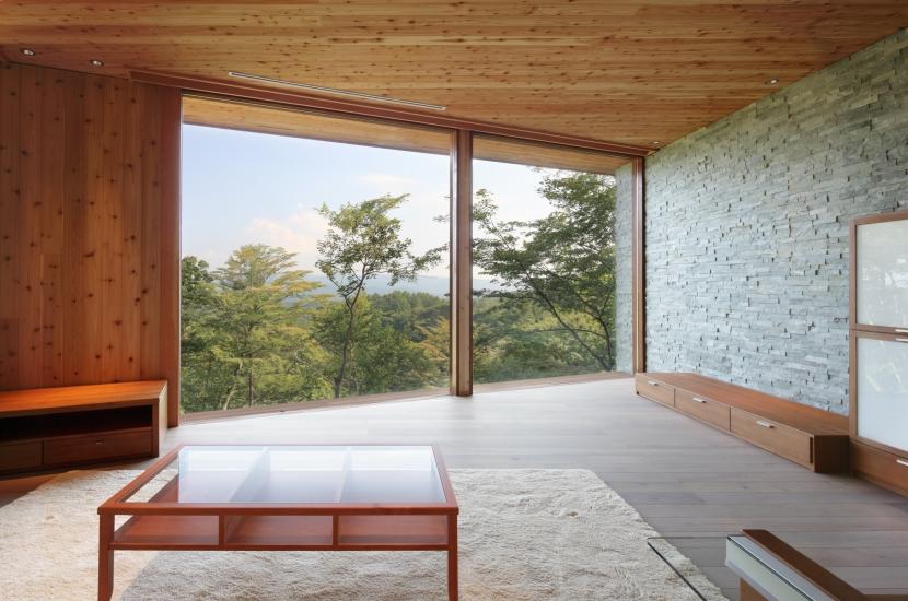 千ヶ滝山荘 (リビングからの眺め)