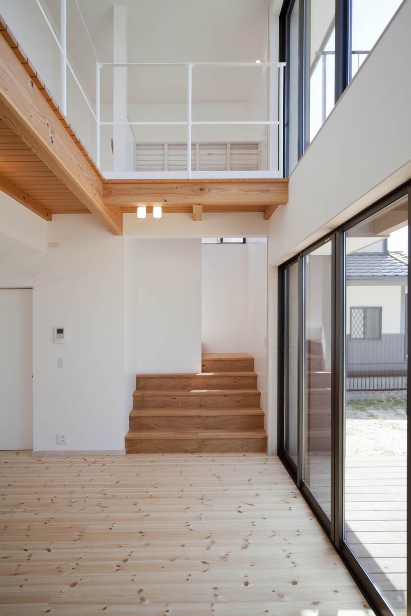 建築家:鍵谷啓太 / 井上佐和子「void 大きな気積をもついえ」