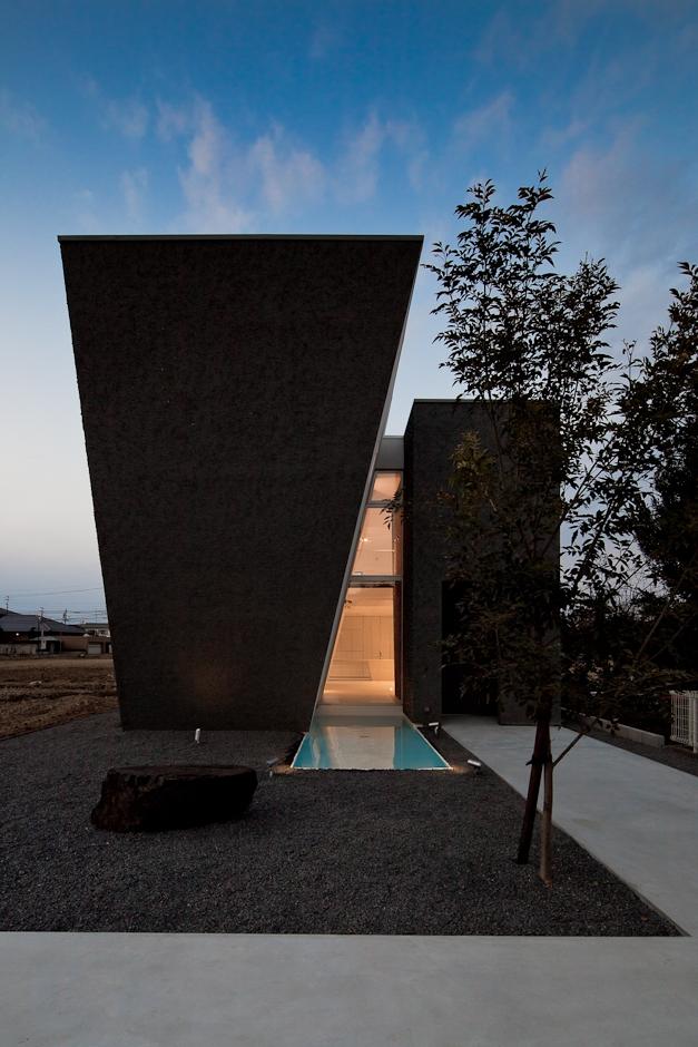 建築家:武藤 圭太郎「GINAN」