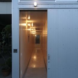 筒の家 (玄関)