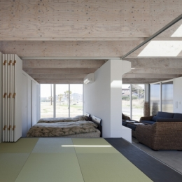 筒の家2 (畳スペース)