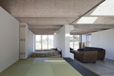 畳スペース (筒の家2)