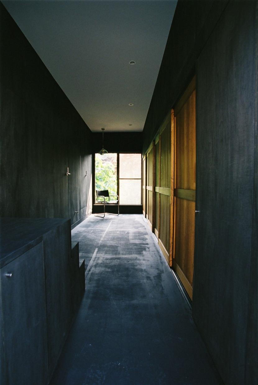 建築家:長久保健二「光ヶ丘 アトリエ玄関のある家」
