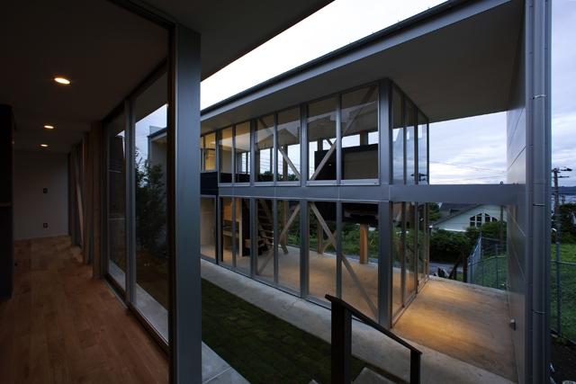 RU-HOUSE2  archi-scapeの部屋 リビング棟を見る