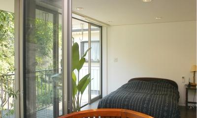 YK-House (中庭テラス+寝室)
