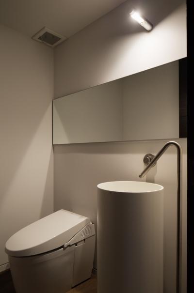 トイレ (Y山荘)