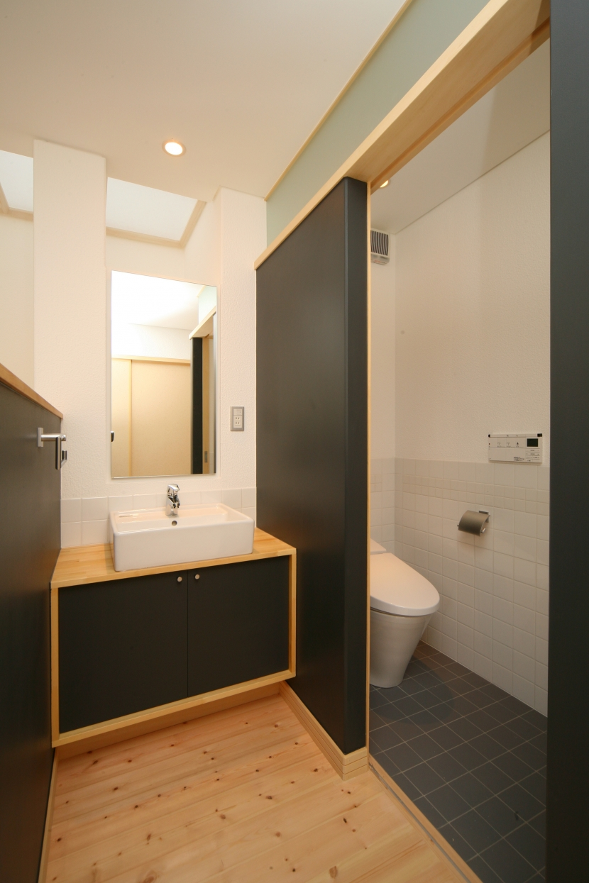 個人住宅 愛知県 2009 (昼間の手洗コーナー)