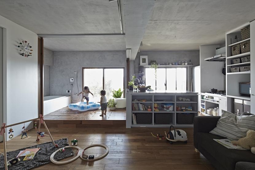 建築家:鹿内 健「千葉・バスキッチンの家」