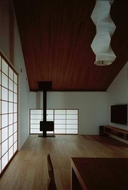 城ヶ崎海岸の家 (薪ストーブのある障子の空間)
