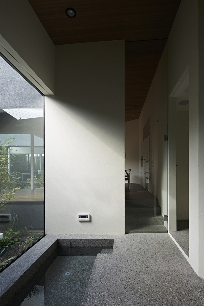 東村山の家の写真 床を掘り込んだ浴室