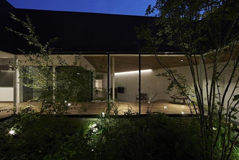 建築家:石井 秀樹「東村山の家」