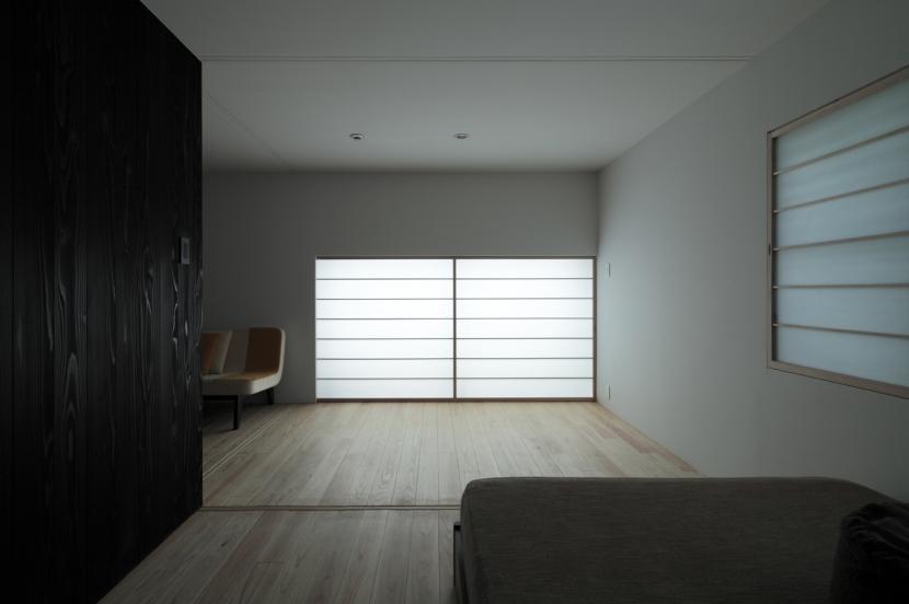 貫井の家の写真 光の重心を落とした落ち着いた空間