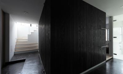 貫井の家 (回遊動線が作り出す可変性の高い空間)