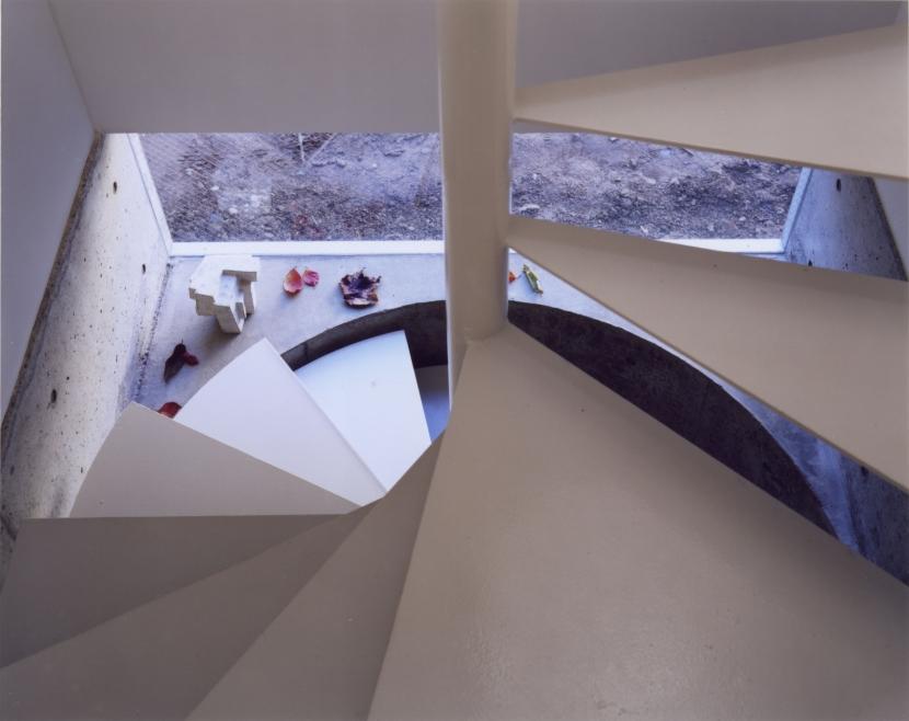 「4-コ ハウス」8坪の小さな家の部屋 らせん階段