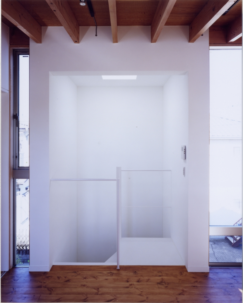 「4-コ ハウス」8坪の小さな家の部屋 階段室