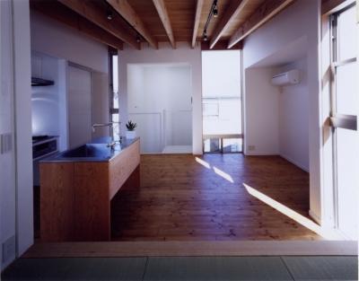 「4-コ ハウス」8坪の小さな家 (リビング・ダイニング)