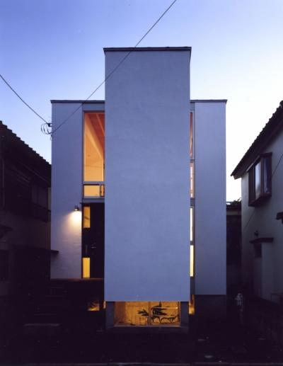 「4-コ ハウス」8坪の小さな家 (外観夜景)