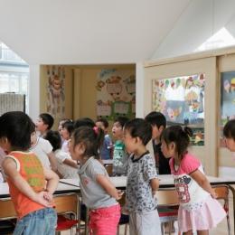 「こばとこどもえん」子供が楽しい多面体の空間 (授業の風景)