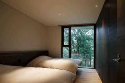 ベッドルーム2 (O山荘)