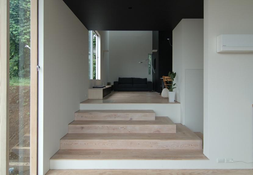 G邸・高台の家の写真 リビングスキップ
