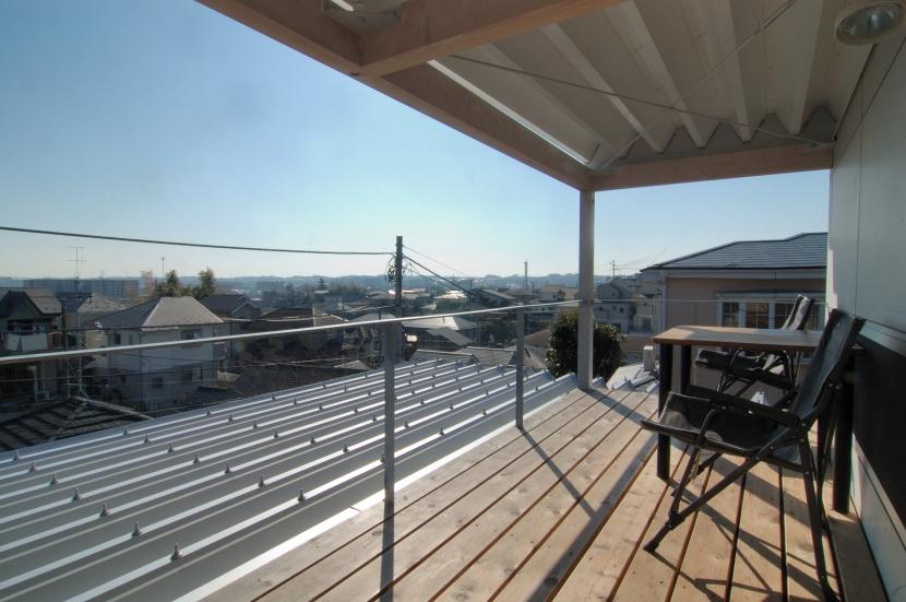 G邸・高台の家の部屋 2Fデッキの眺望