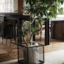 H鋼+コンクリート+古材のオリジナルキッチン