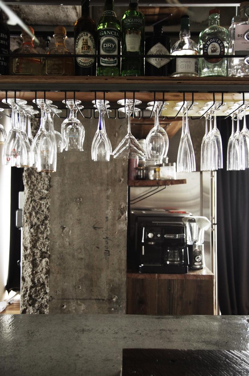 マンションリノベーション|名古屋市東区K邸の部屋 グラス収納