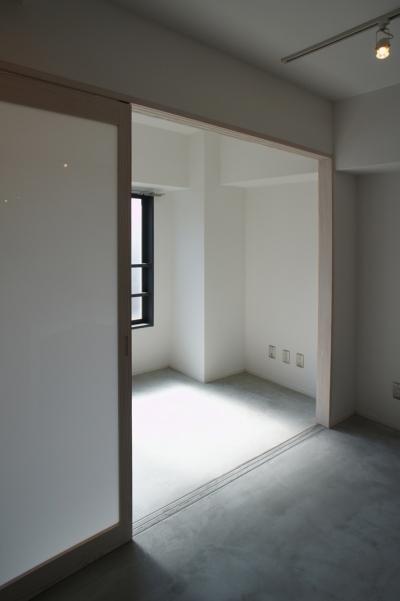 サンルーム (ドマ ト サンルーム -やわらかい間接光の広がる心地良い空間-)