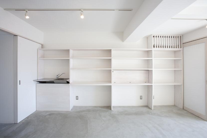 ドマ ト サンルームの部屋 壁面造作家具