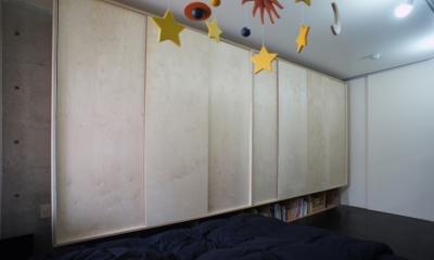勾配天井の家 -いえづくりワークショップとDIY施工の参加型リノベ- (ジャンクションストレージ)
