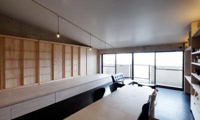 勾配天井の家 -いえづくりワークショップとDIY施工の参加型リノベ- (大型サッシ)