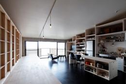 勾配天井の家 (勾配屋根の家)