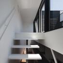 ハコノオウチ03 スモールオフィスのある家の写真 バルコニーへの階段