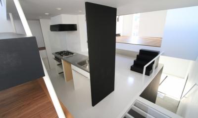 ハコノオウチ03 スモールオフィスのある家 (キッチン)