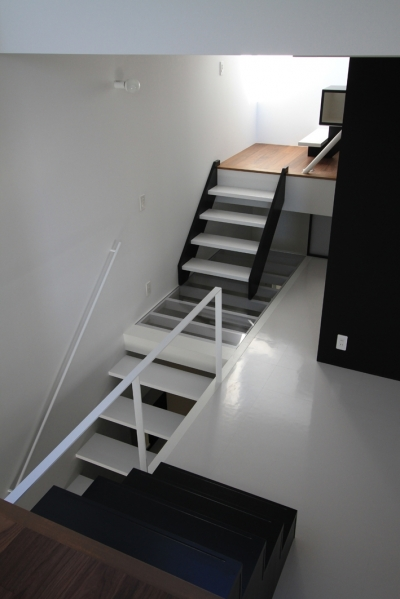 ハコノオウチ03 スモールオフィスのある家 (透明床)