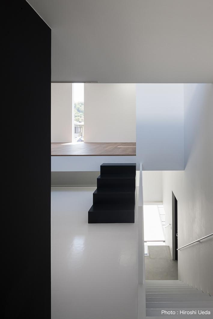ハコノオウチ03 スモールオフィスのある家の写真 階段